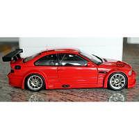 BMW M3 GTR rot