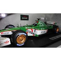 Hot Wheels 1/18 Formel 1 Jaguar R2 Edd..