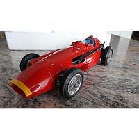 CMC Maserati 250F 1957 1:18