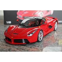 La Ferrari 1:18 Hotwheels Elite